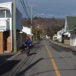 Cycliste sur la rue de l'Église